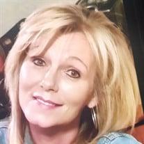Cynthia Lynn