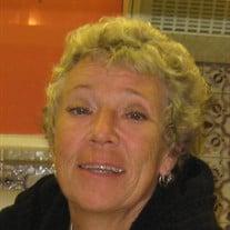 Maureen J Mazzucco