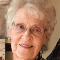 Lola Hagen Callahan Hammam