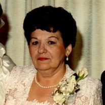 Rogelia L Guzman