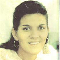 Elena  Saldana