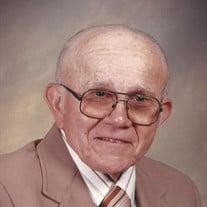 Willis  L Henry