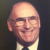 Earl  Benton Lilly
