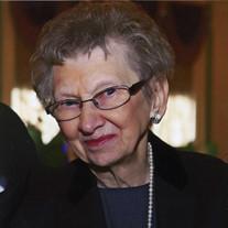 Frances J Fietkiewicz