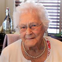 Lois B Cyr