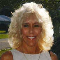 Linda M Dickens