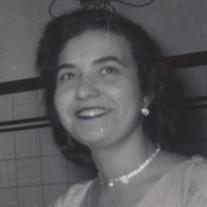 Pauline (Vieira) Magan