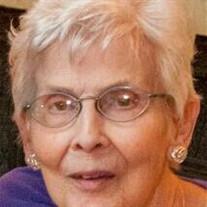 Marilyn L Hall