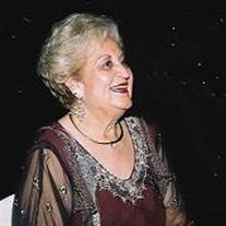 Mary Luna Arratia