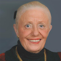 Joyce Macek