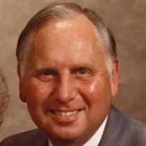 Charles W Richards