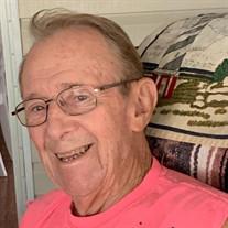 Richard W Helmlinger Sr