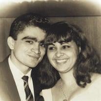 Norme & Luz Torres