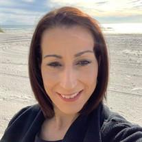 Lynda  Luz  Rodriguez