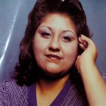 Gloria  Nadine  Castillo