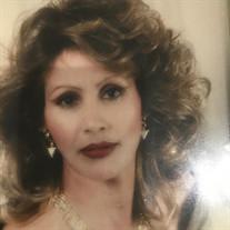 Laura  Elena  Salazar