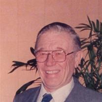 Leon J Wienken