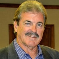 Eric  Michael Hilton  Jr.