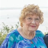Betty J Sparrow