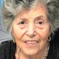 Velia Ramirez