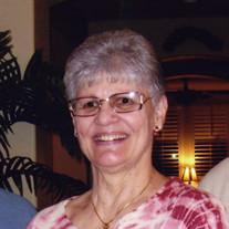 Pauline  Mano