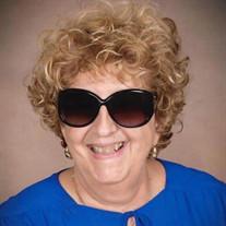 Linda  Hillard