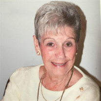 Dolly M Sizelove