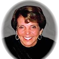 Pauline (Lo Cicero)  Collins