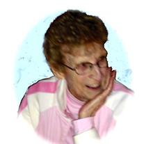 Lillian (Pollitt)  Larson