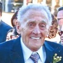 Harold  E Donovan