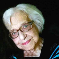 Helen M Bommarito