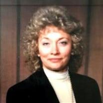 Mrs Lorinda Mazur