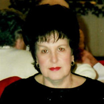 Virginia Salamalekis