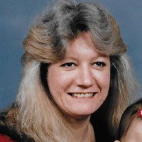Ms Kerrie  Hope Marlow