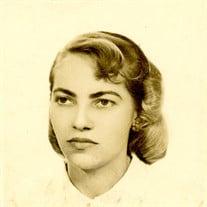 Clara L Veliz