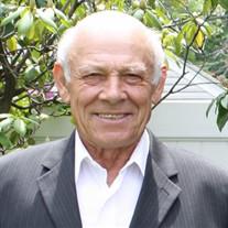Julio M.  Mendes
