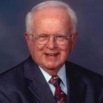 Thomas M Leyden