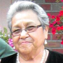 Gloria E Salazar