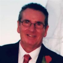 Robert W Searles III