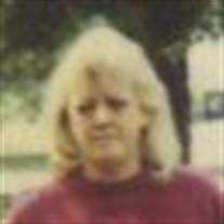 Darlene E Mullis
