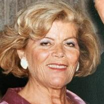 Stella Stavrakos