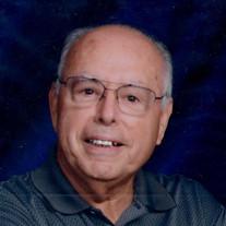 Raymond Uribe Lichty