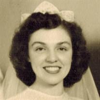 Evelyn Omelia