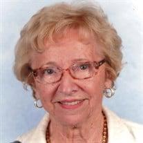 Helen Mignault