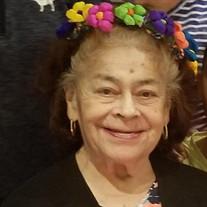Dolores  Robles