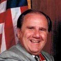 Robert J Holmes
