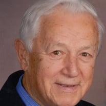 Michael Komic