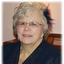 Suzanne Carol Baker Walker, Collinwood, TN