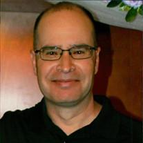 Roger Owen Flores