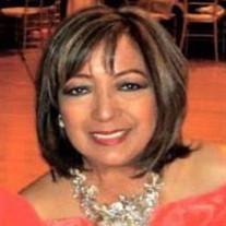 Lourdes Tan